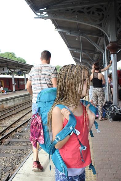 Am Bahnhof von Kandy