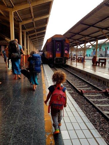 Auch der kleinste trägt seinen Rucksack
