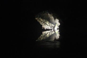 Es geht aus der Höhle raus....