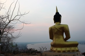 Der goldene Buddah bei Pakse